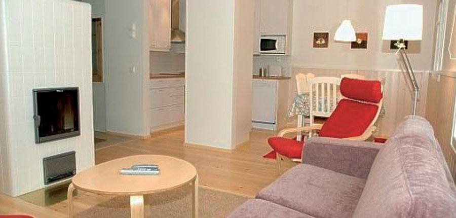 Finland_Saariselka_saariselka_log_cabin_interior2.jpg